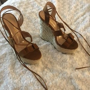 NWT Liliana Shoe Wedges High Size 5 1/2